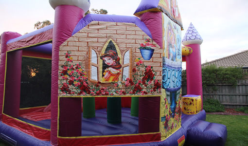 Tips for customers to rent a bouncy castle
